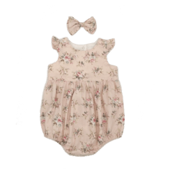 Cute girls baby clothes
